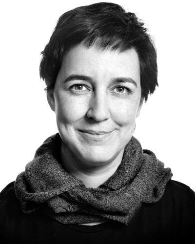 Gabriela de Queiroz. R-Ladies, R, statistical computing.